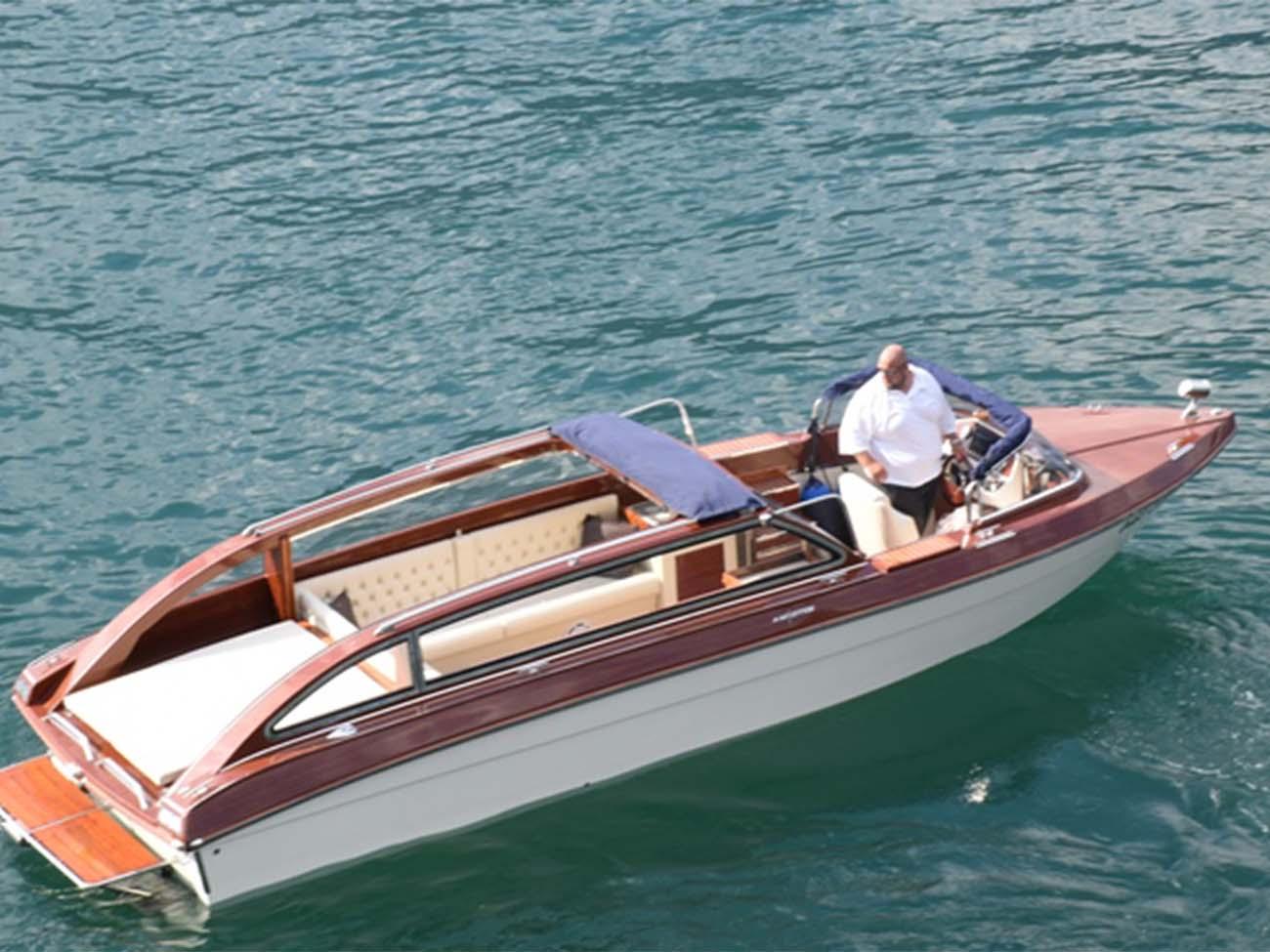 Taxi-Boat-Chaplins1