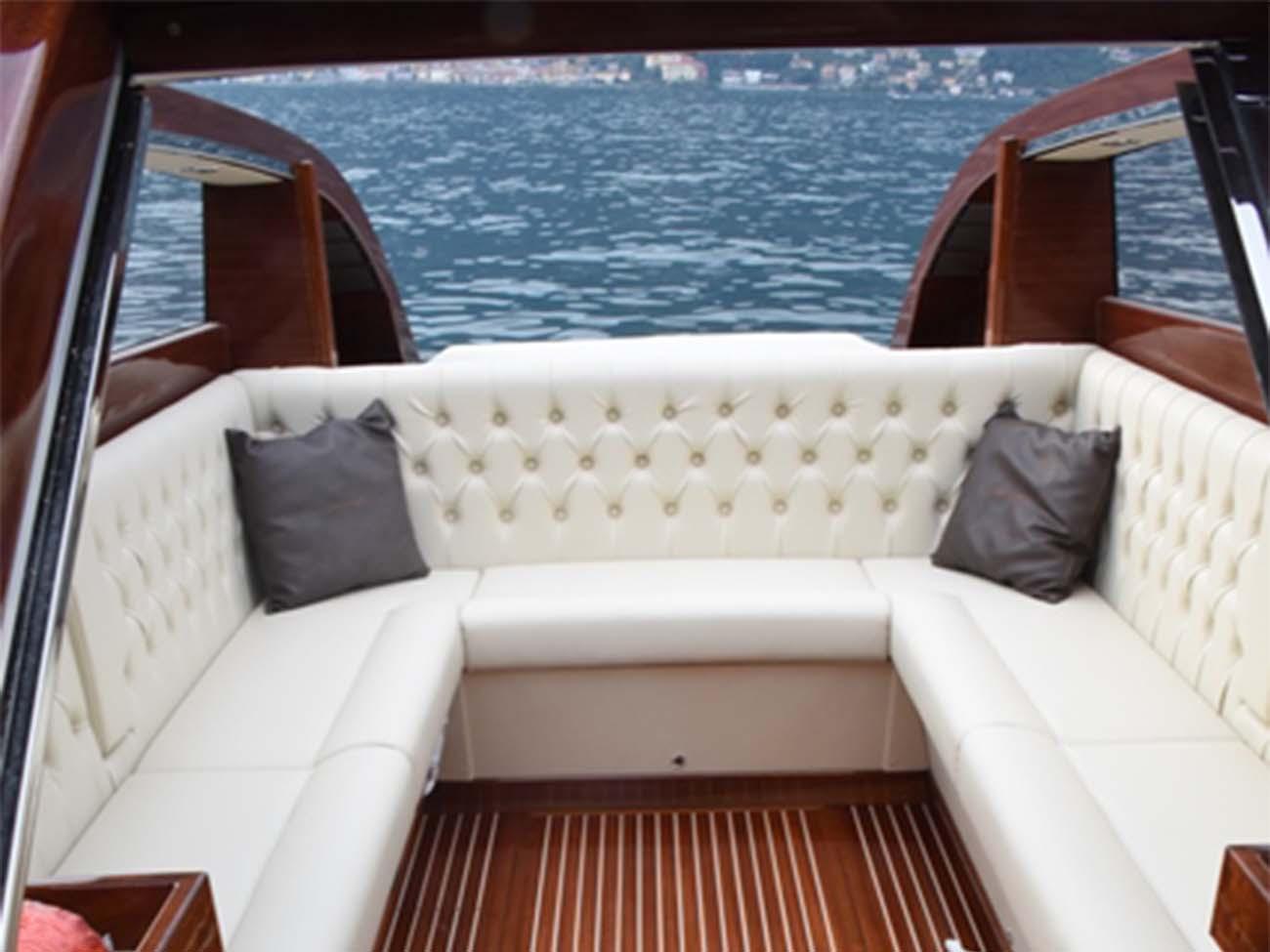 Taxi-Boat-Chaplins3